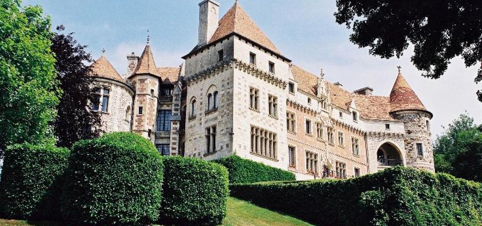 Louviers,Eure,France,Château,1051