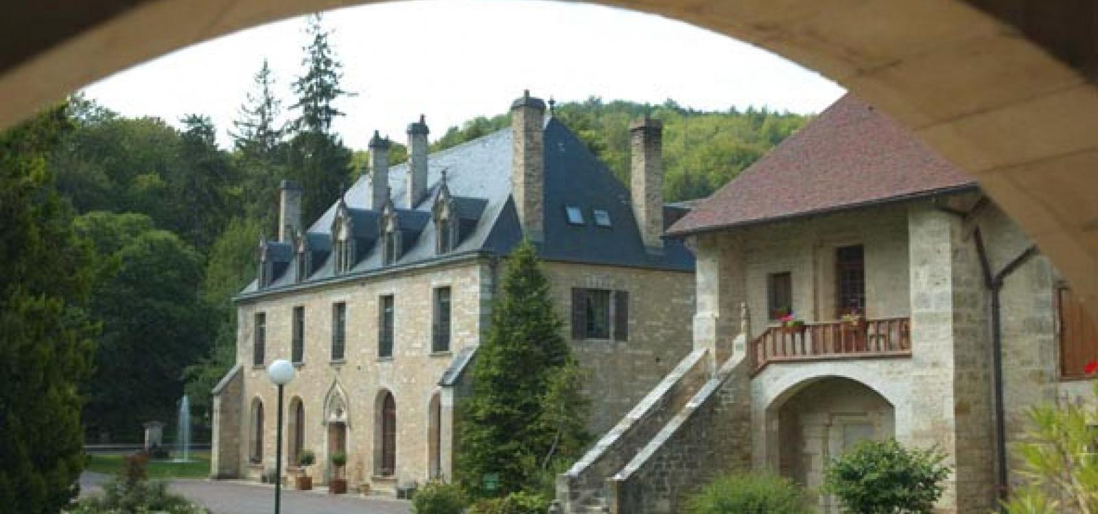 Dijon,France,4 BathroomsBathrooms,Hôtellerie,1005